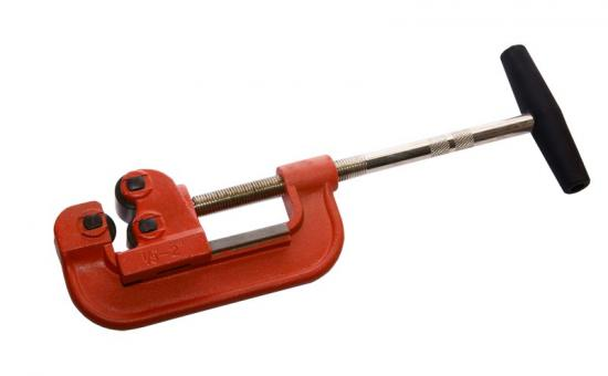 Труборез для стальных труб до 1 1|4 дюйма